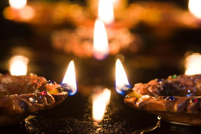 diwali-oil-lamps