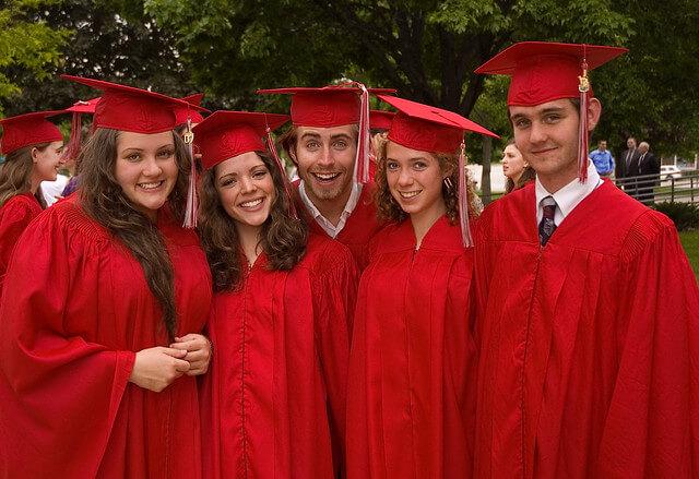 fresh graduates millennials prefer living apartments clarksville over houses