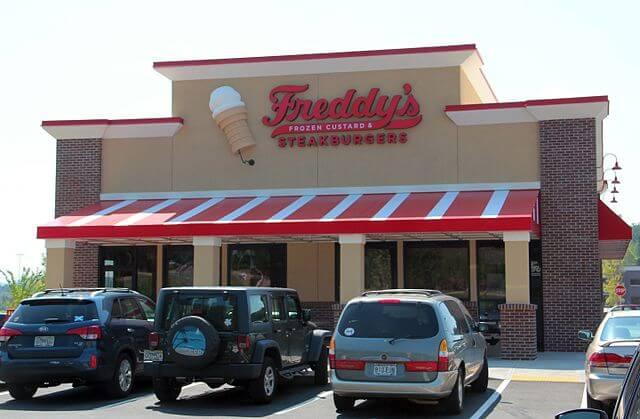 freddys uniquely healthy food places branson