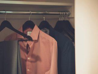 smart ways clear clutter closet