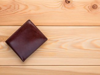 maintenance tips mens leather wallet